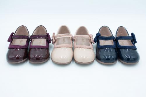 Бебешки официални обувки за момиче тип балеринки на Бабъл Кидс