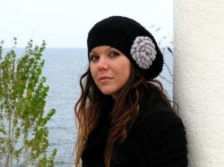 Ръчно плетени дамски шапки