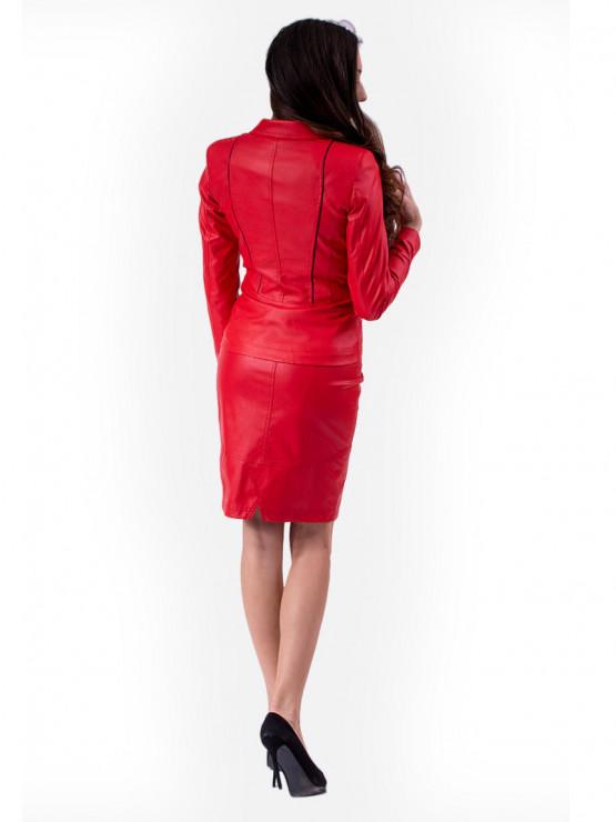 Червена кожена пола