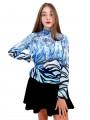 Дамска блуза с дълъг ръкав и ластик в кръста с интересен принт в синьо