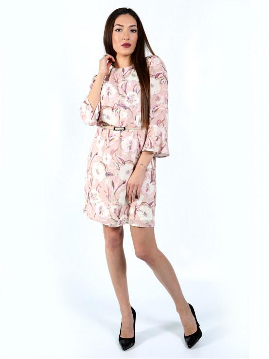 Дамска рокля с ръкав 7/8 и цветен принт в розово и екрю