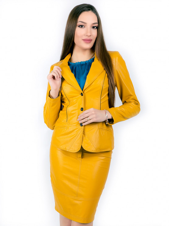Дамско сако от еко кожа в цвят горчица
