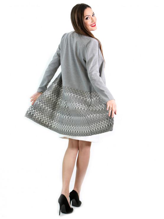 Ефектно дамско манто в сиво